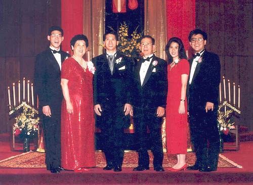 江俊輝與家人的合照