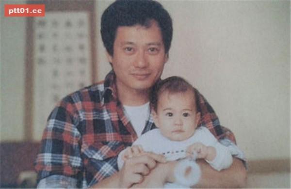 李安與嬰兒